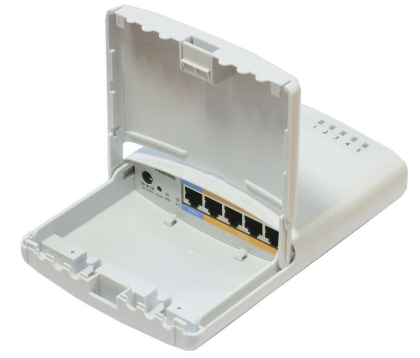 روتر شبکه ۵ پورت میکروتیک مدل PowerBox RB۷۵۰P PBr۲